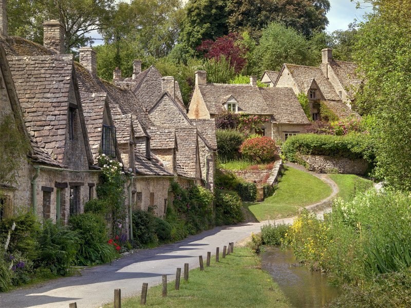 Bibury-England.jpg