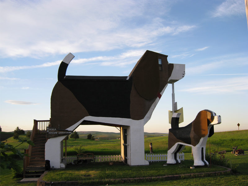 Dog Bark Park Inn Cottonwood