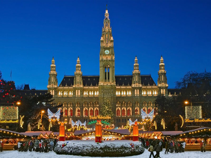 19 of The World's Most Magical Christmas Towns (with Photos ...