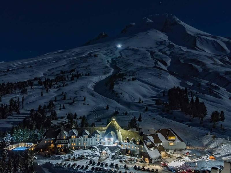 Timberline Lodge and Ski Area, Timberline Lodge