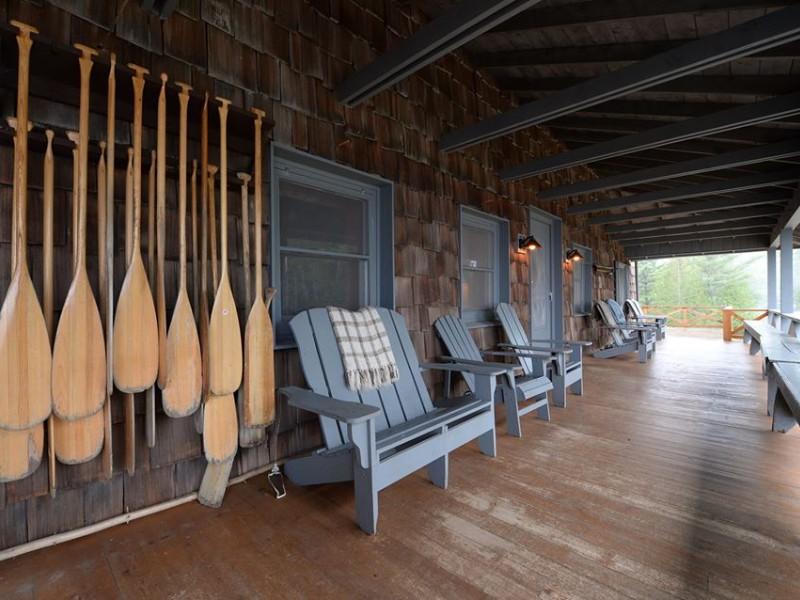 Elk Lake Lodge