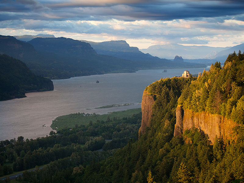 Columbia River Gorge view from Crown Point