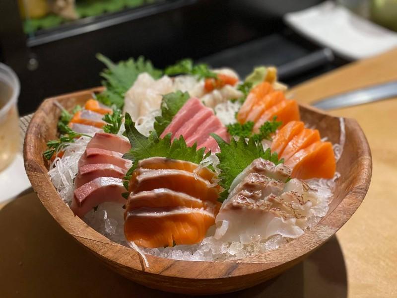 Ken Sushi & Asian Bistro