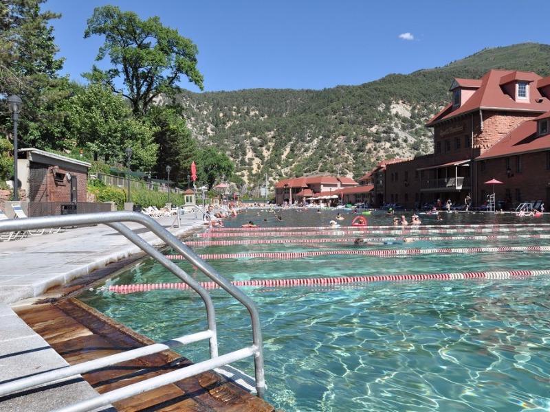 Glenwood Hot Springs pools and amusement park