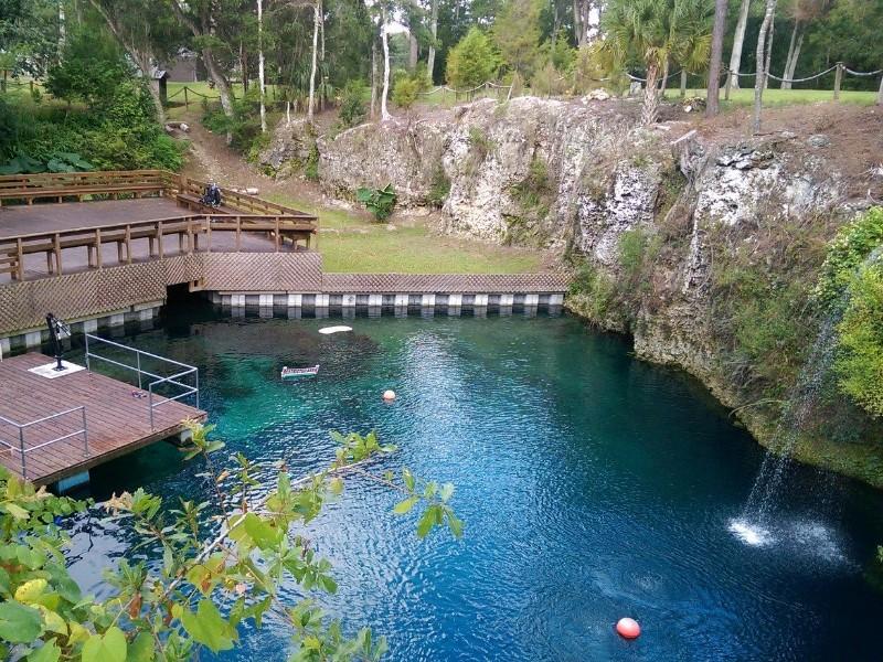 Blue Grotto Dive Resort