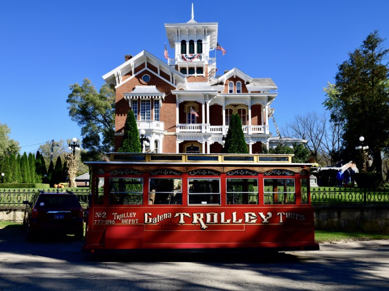Galena Trolley Bus