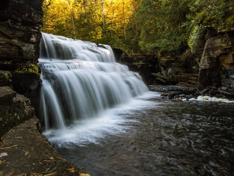 Canyon Falls, Marquette