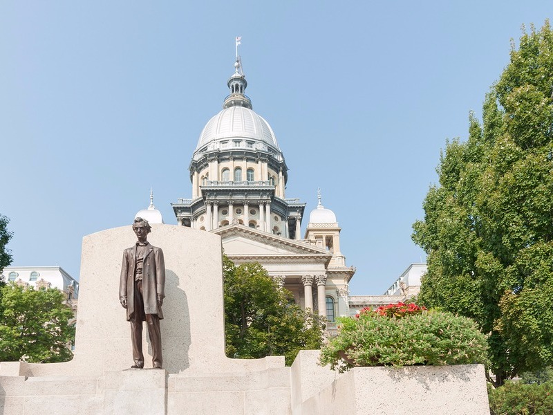 Statue and capitol in Springfield, Illinois