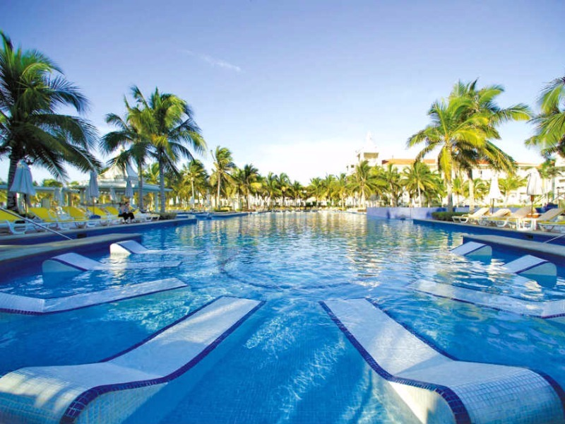 The spectacular freshwater pool at Hotel Riu Palace, Playa Del Carmen, Mexico