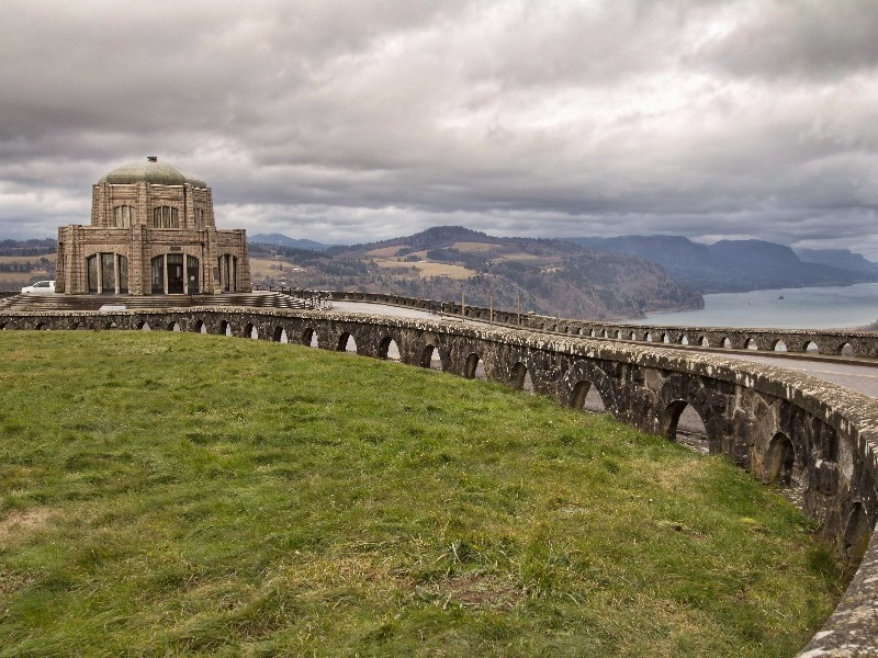 Historic Vista House, Crown Point along the Columbia River Scenic Highway