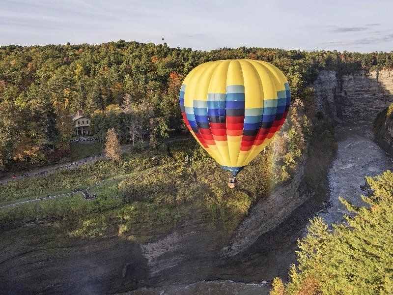 Hot air balloon ride over Letchworth State Park