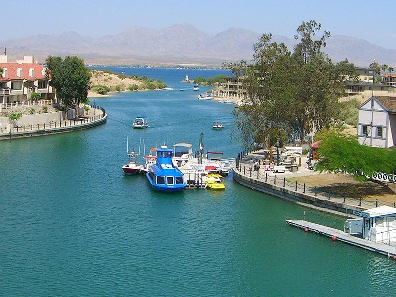 View of the lake from Arizona's London Bridge