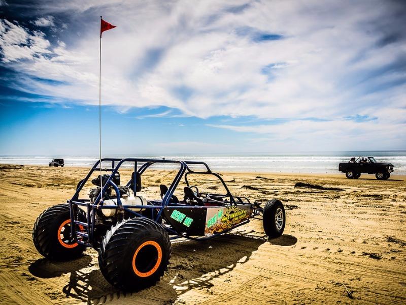 Dune buggy on Oceano Beach