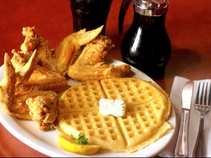 Gladys Knight's Signature Chicken & Waffles