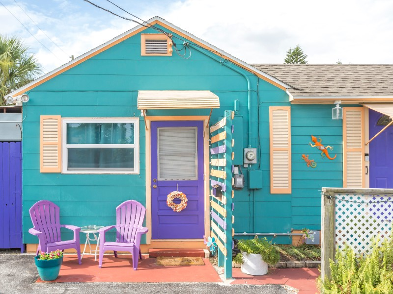 Quirky Studio, Steps to Beach & Restaurants