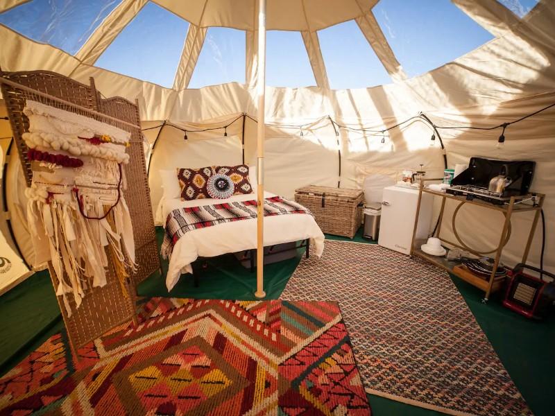 Lotus Yurt, Page