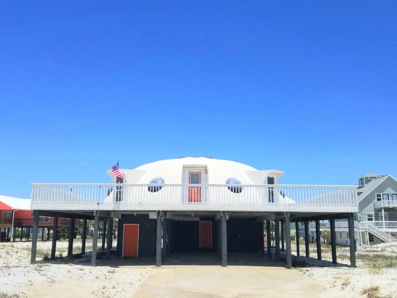The Spaceship House