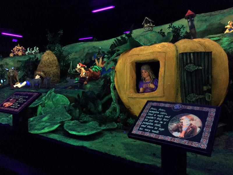 Fairytale Caverns inside Rock City
