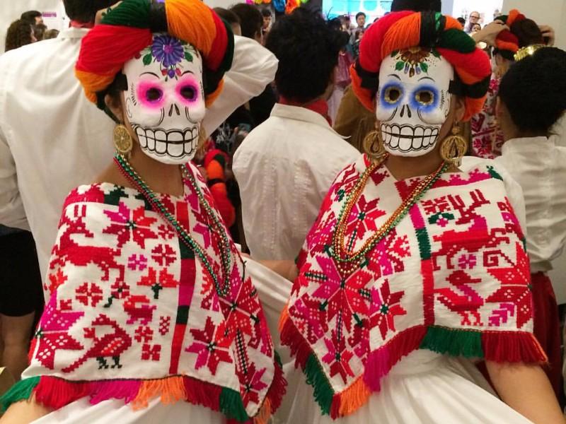 Dia de los Muertos at the Lawndale Art Center