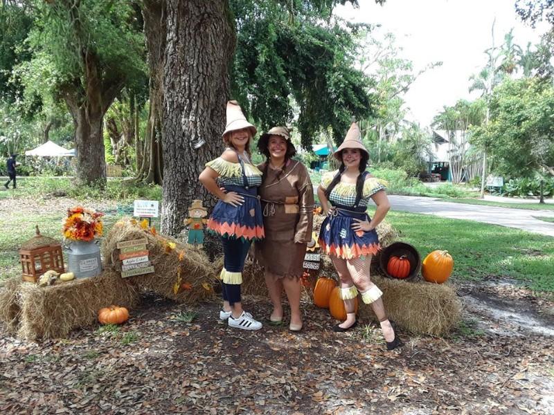 Scarecrows at Flamingo Gardens