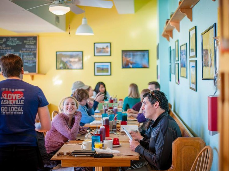 Early Girl Eatery provides a farm-to-table Southern comfort food experience.