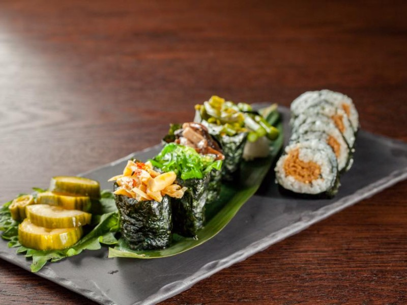O-Ku serves sushi and Asian cuisine.