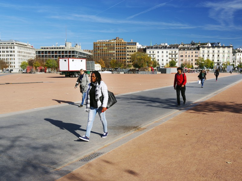 Plaine de Plainpalais is a huge open space of a rhombus shape located in city district in central-south of Geneva
