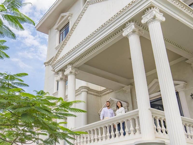 Balcony at White Mansion Boutique Hotel - Phnom Penh