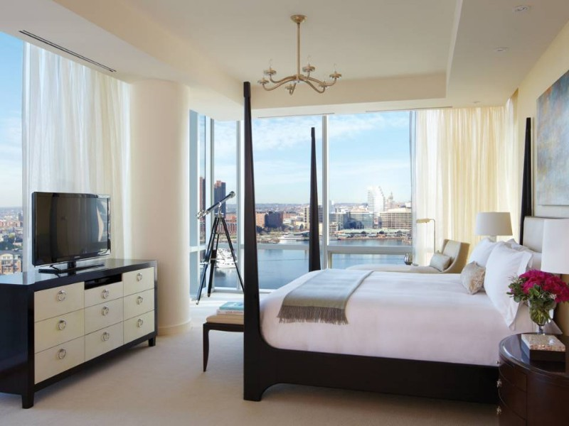 Presidential Bedroom Suite at the Four Seasons Baltimore