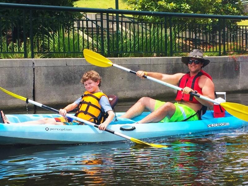 Kayaking on Lake Woodlands