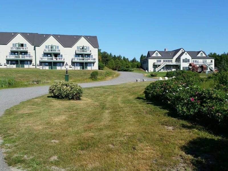 Harbor Ridge Resort