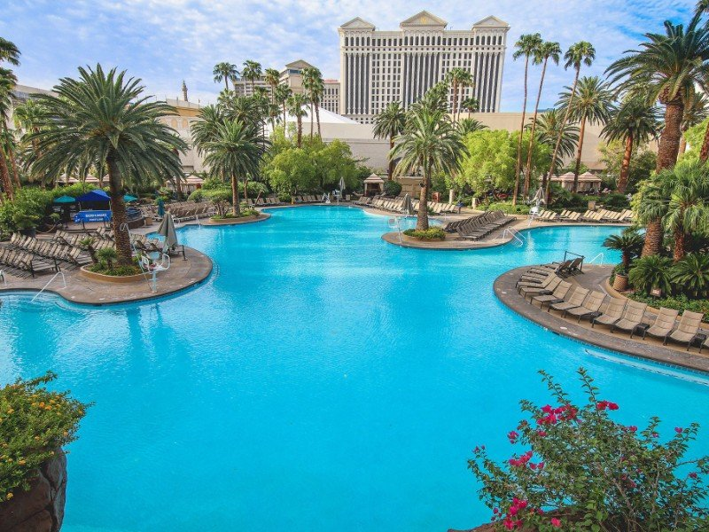 Pool at The Mirage Hotel and Casino