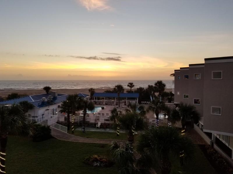 Beachside Colony Resort