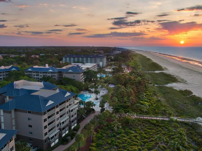 The Grande Ocean Resort offers two bedroom villas with beautiful oceanfront views.