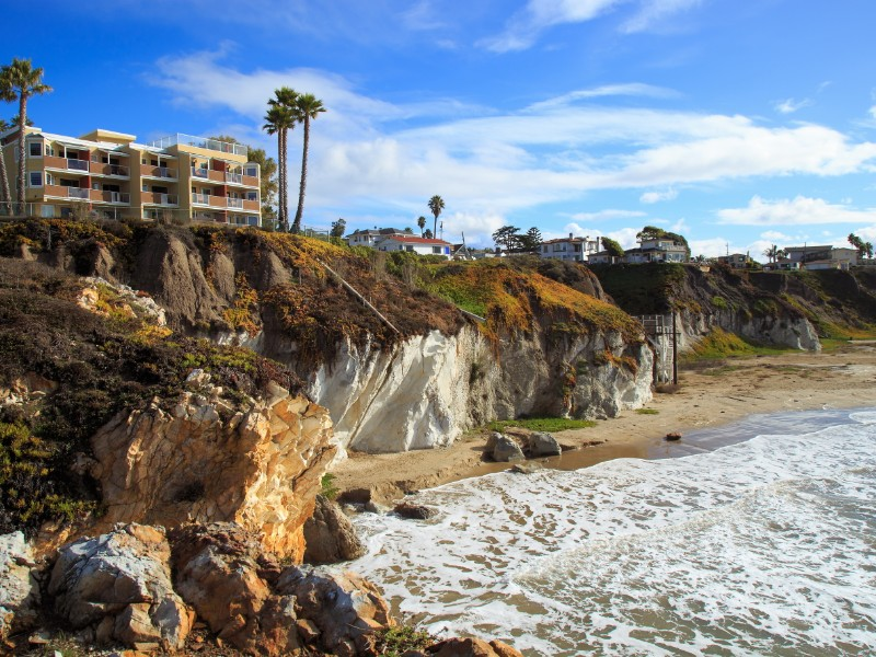 Waves and sunshine at Pismo Beach, California