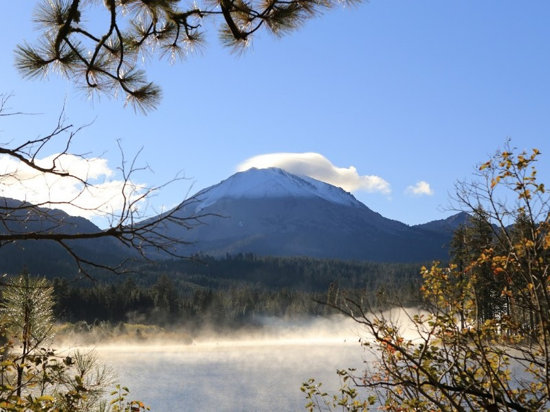 Mountains and lakes at Lassen Volcanic National Park