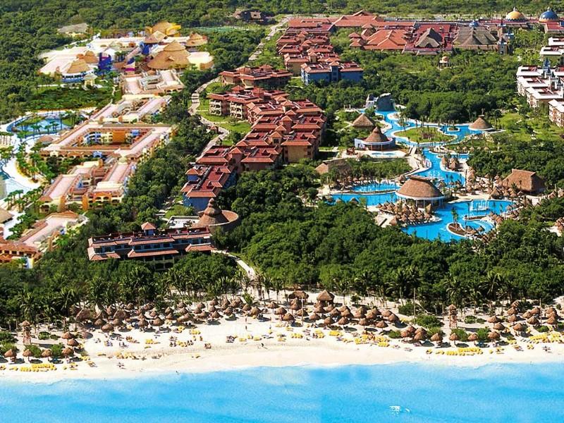 Aerial view of Iberostar Paraiso Lindo Resort