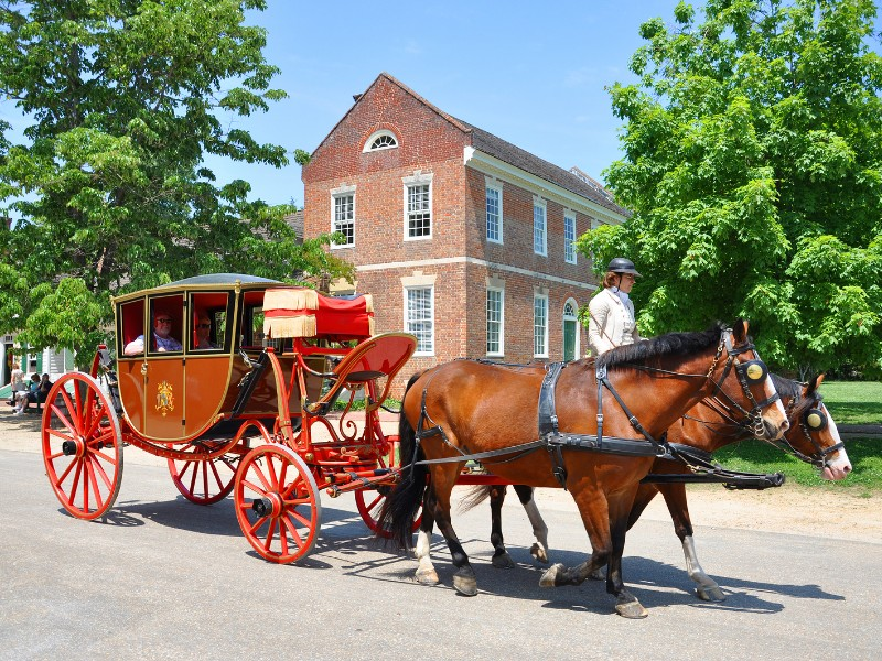 Colonial Williamsburg is the world's largest living history museum.