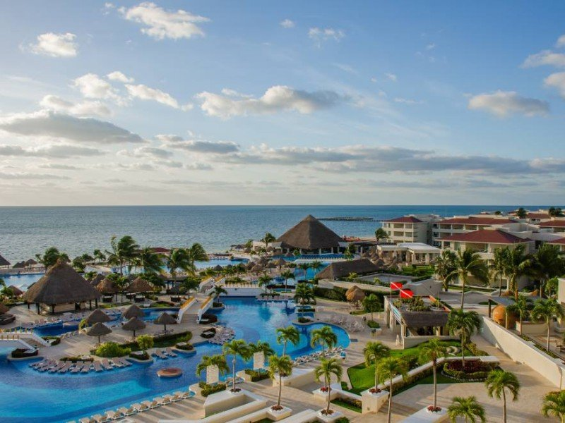 Aerial view of Moon Palace Cancun, Mexico
