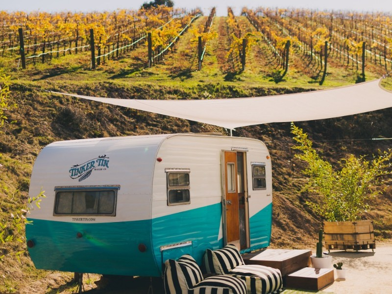 The Trailer Pond, Paso Robles vineyard glamping