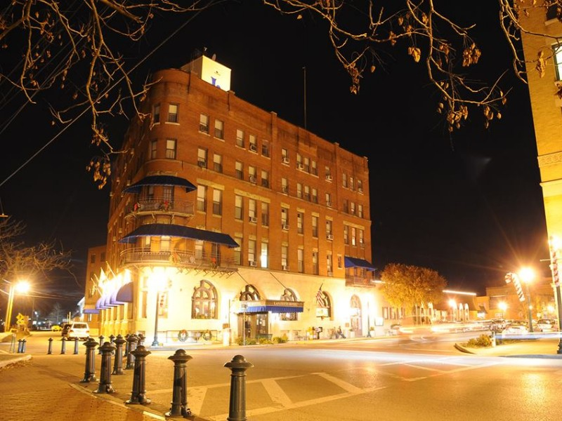 Lafayette Hotel, Marietta