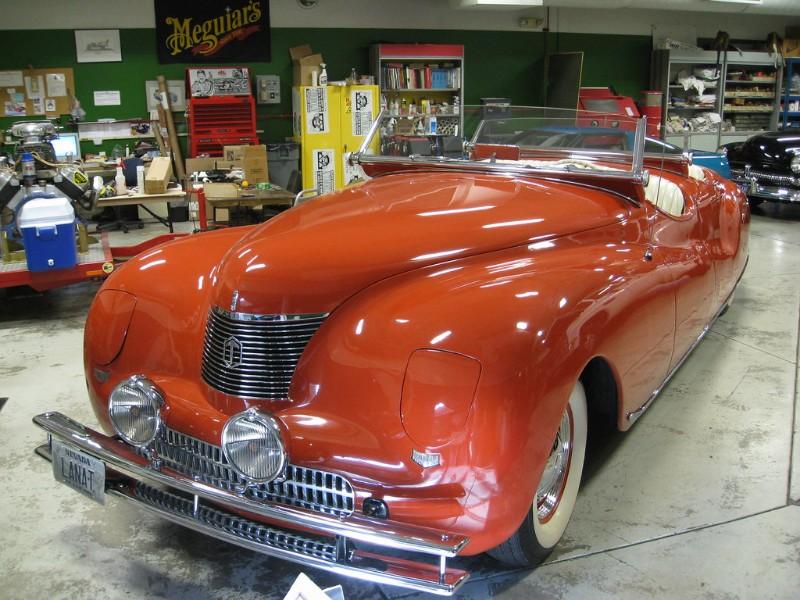 Car in the Reno auto museum