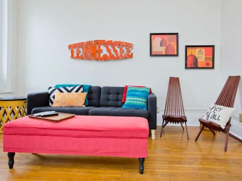 Broadway Apartment Airbnb in Nashville, TN