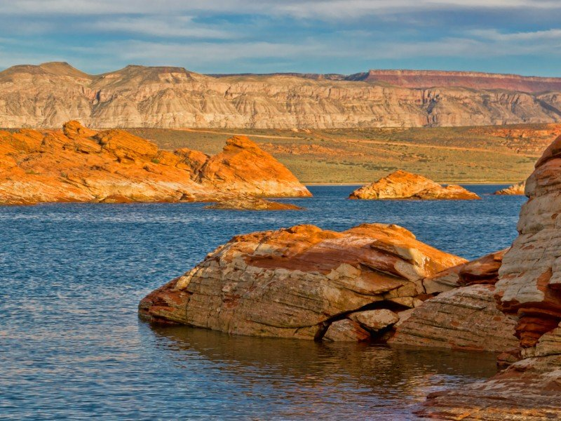Amber rocks meet deep blue waters at Sand Hollow State Park.