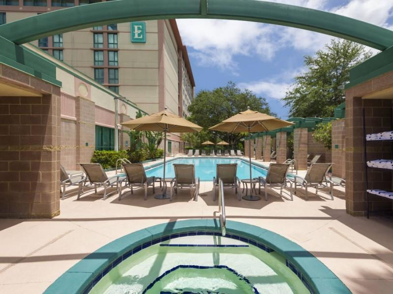 pool at Embassy Suites Tampa USF