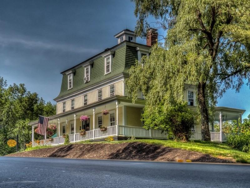 The Ballard House Inn on  Lake Winnipesaukee, New Hampshire