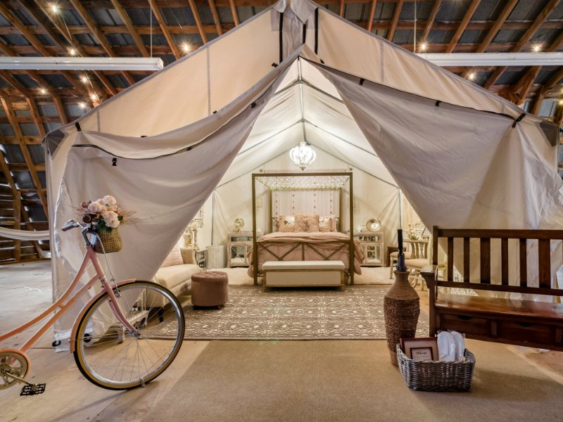 Bicycle Tent, Barn-Canopied Romantic Glamping A/C