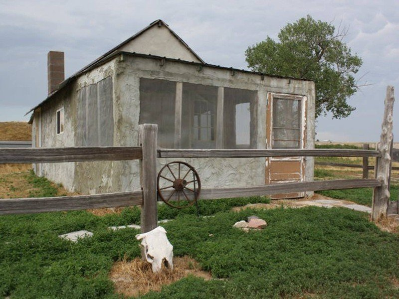 Badlands 1880 Original Homestead Cabin, Scenic South Dakota Airbnb