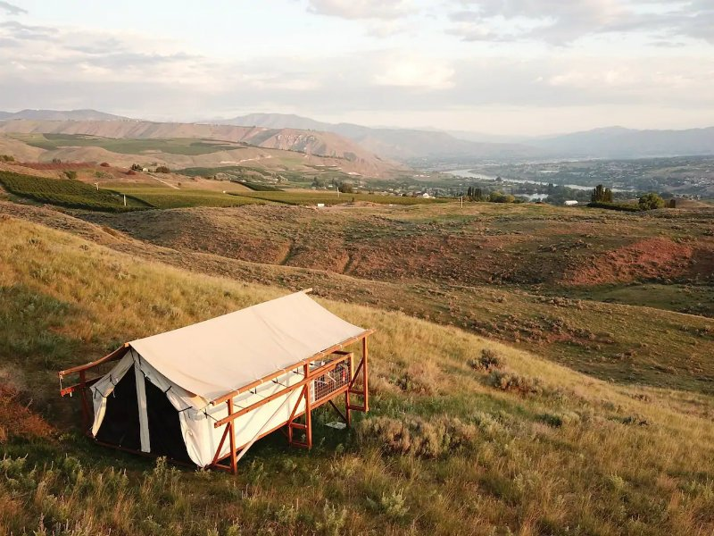 Glamping with a View at the Aerie