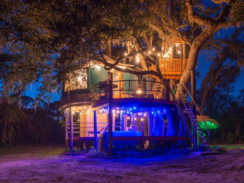 Adults-Only Treehouse at Danville